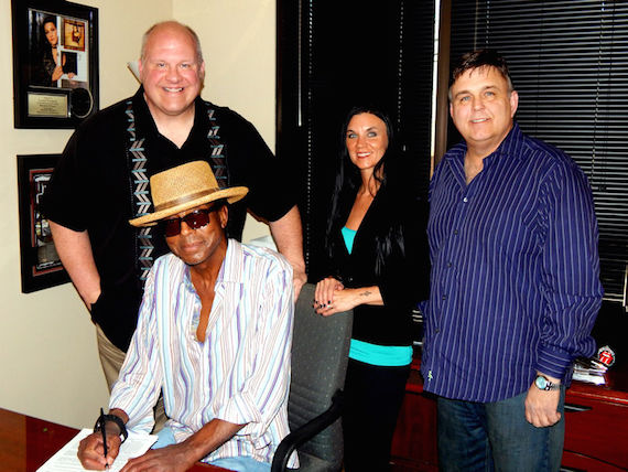 Pictured (L-R, back row); Larry Pareigis, President, Nine North Records Label Group, Angel Jennings, Director/Secondary Markets for Edgehill Music Nashville, Tim Svedlund, president, Red Zebra Music. (front row): Red Zebra Music's Toby King.