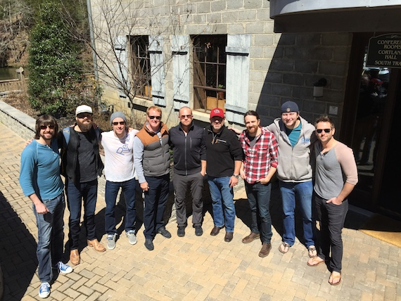 Pictured (L-R): Josh Matheny of Curb Music, Jordan Davis, Matt Rogers of ole, John Ozier of ole, Kyle Jacobs of Curb Music, Dave Turnbull of ole, Andrew Petroff of ole, Matt Alderman of Curb Music, and Sony recording artist Ryan Griffin.