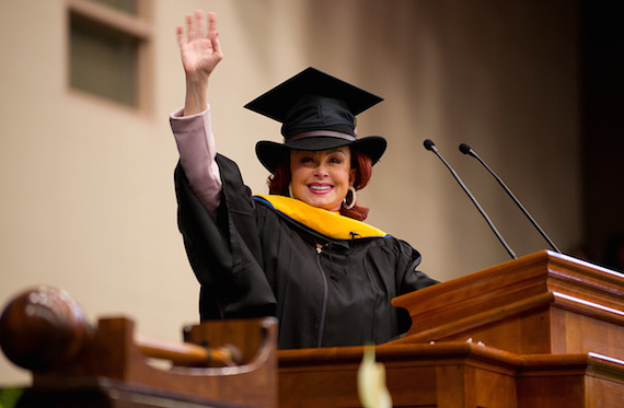 Judd concludes her Commencement speech at Berea College's 143rd Commencement ceremonies. Photo: O'Neil Arnold