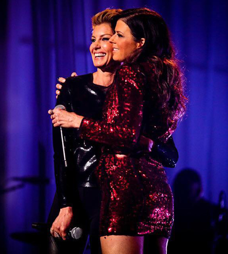 "Faith Hill (L) performs ""Girl Crush"" with Little Big Town, pictured with Karen Fairchild. Photo: BBMA."