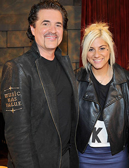 Pictured (L-R): Scott Borchetta, Jax. Photo: Fox.