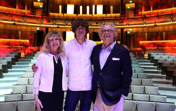 Pictured (L-R): Sue and Joshua Martin, and Country Music Hall of Fame and Museum Director and CEO Kyle Young. Photo: Amanda Richard