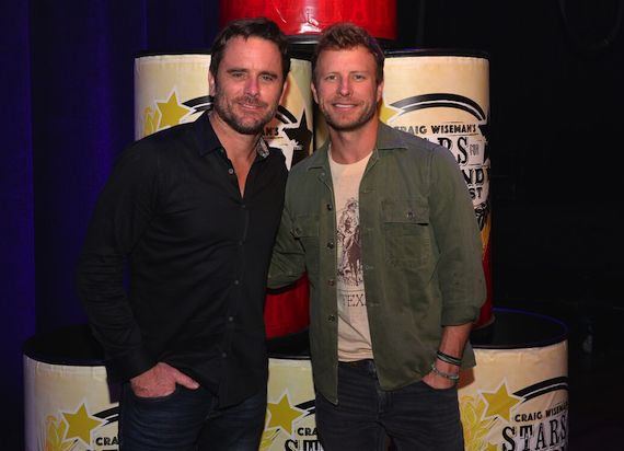 Charles Esten (L) and Dierks Bentley (R)