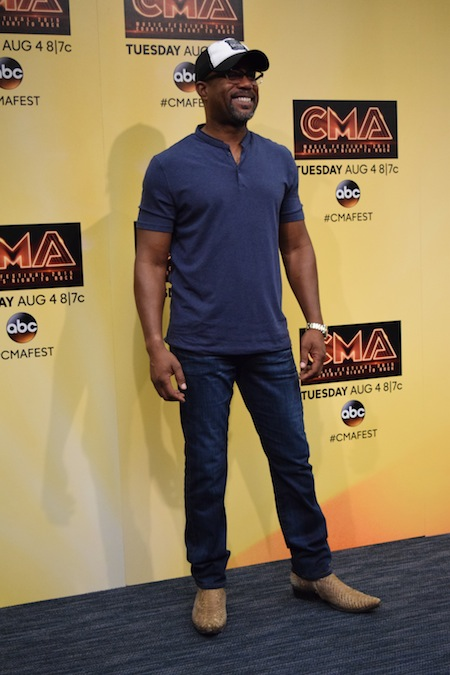Darius Rucker visits media backstage at LP Field. Photo: Bev Moser