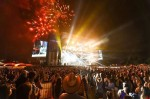 Forty-Thousand Fans Turn Out for New York City's First Country Festival