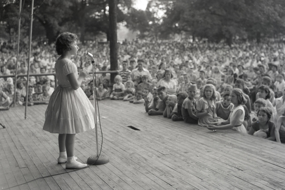 A young Brenda Lee performs in Nashville's Centennial Park. Photo: CMHoF/Elmer Williams Collection