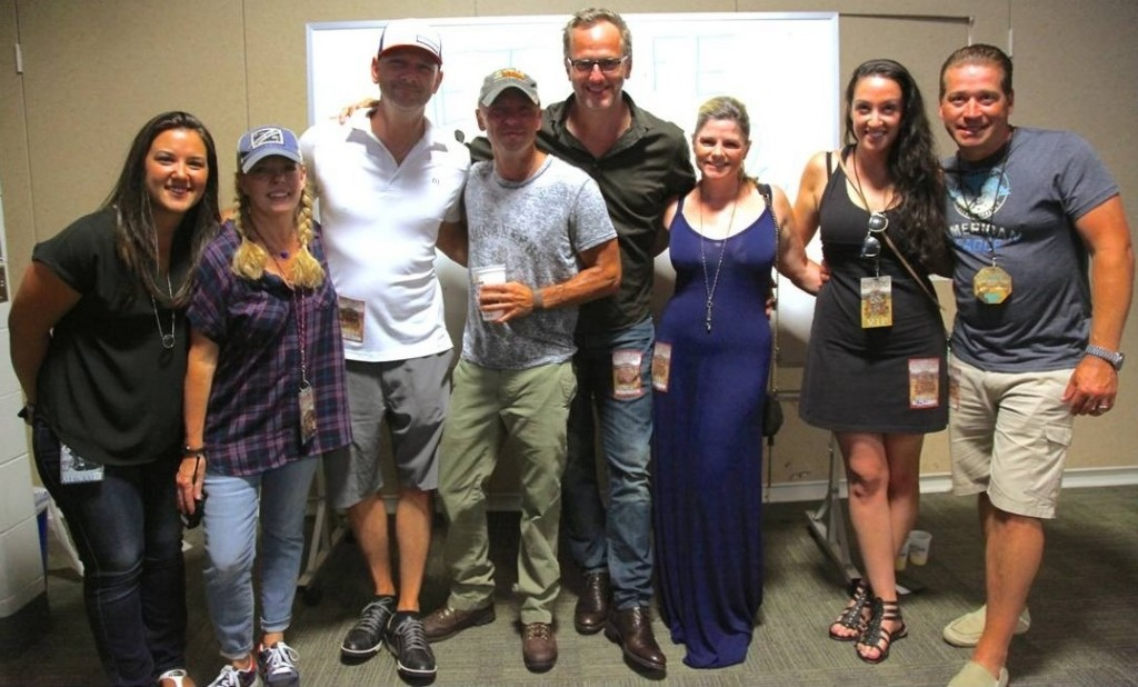 Pictured (L-R): Morris Higham Management's BasakKizilisik and Buffy Cooper; iHeartMedia's newly named leader of its iHeartCountry team, Rod Phillips; Chesney; Tom Poleman, President of Nat'l Programming Platforms, iHeartMedia; Tom's wife; and iHeart's VP Artist Relations Marissa Morris and Hot AC Brand Mgr/Nat'l Programming Platforms/PD of New York's 103.5 KTU Rob Miller.