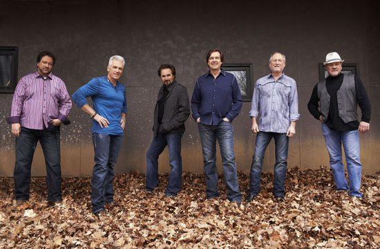 Diamond Rio (l to r): Dana Williams, Jimmy Olander, Marty Roe, Dan Truman, Gene Johnson, Brian Prout. Photo: Russ Harrington