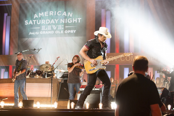 Brad Paisley by Chris Hollo-0122-2- Opry MOVIE