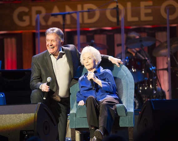 Bill Anderson and Jean Shepard. Photo: Chris Hollo.