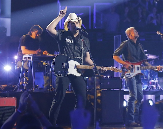 Brad Paisley performs on The Voice. Photo by: Trae Patton/NBC