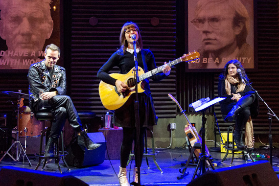 Pictured (L-R): Justin Tranter, Lisa Loeb, and Ilsey Juber. Photo: Brian Kramer.