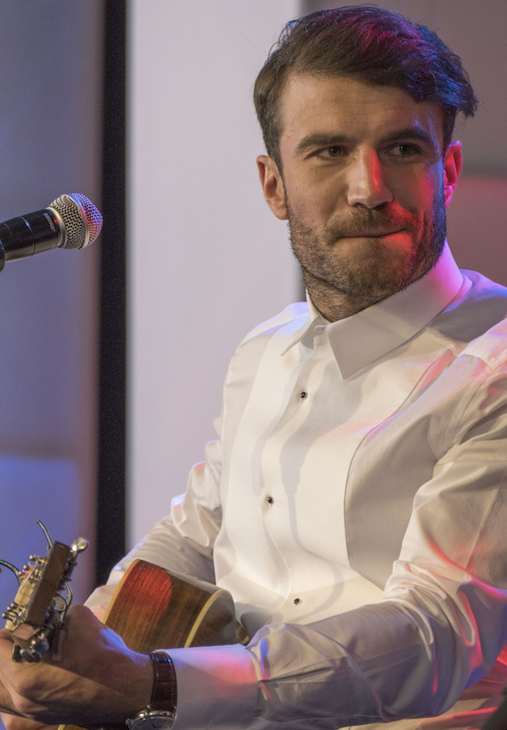"Sam Hunt performs Song of the Year ""Leave the Night On"""