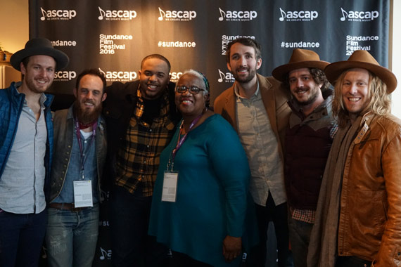 Pictured (L-R): Geoff Ice and Denton Hunker of Green River Ordinance, Madisen Ward and Ruth Ward of Madisen Ward & Mama Bear, and Green River Ordinance's Josh Jenkins, Joshua Wilkerson and Jamey Ice. Photo: Shore Fire Media