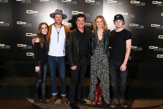 Pictured (L-R): Tara Thompson, Drake White, Scott Borchetta, Jennifer Nettles, Tucker Beathard. Photo: Sara Kauss
