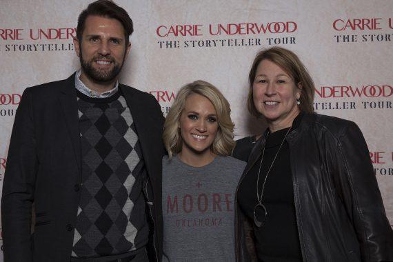 Pictured (L-R):Damon Whiteside, Carrie Underwood, and Sarah Trahern. Photo:Matt Sperling