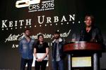 Keith Urban Accepts CRS Artist Humanitarian Award