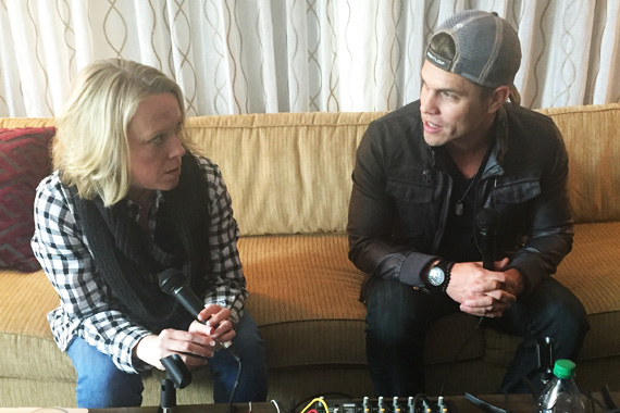 Pictured (L-R): Dustin Lynch with Lia Knight.