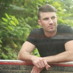 Sam Hunt, Seal To Perform For Super Bowl 50 NFL Tailgate Party