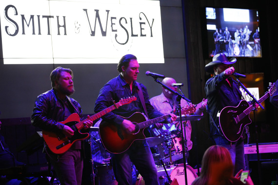 Smith & Wesley performed at the Omni Nashville's Bar Lines on Tues., Feb. 9. Photo: Sara Kauss