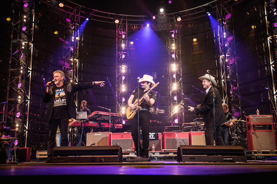 Brad Paisley with The Gatlin Brothers. Photo: Ben Enos
