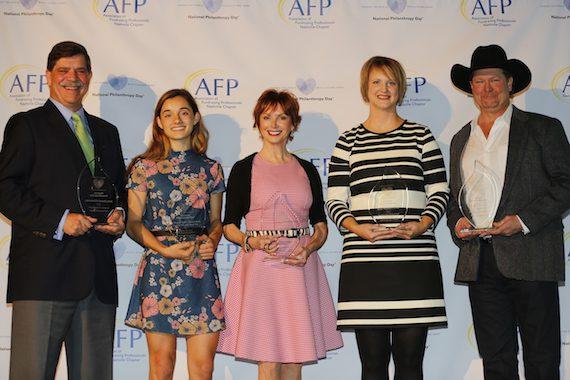 Pictured (L-R): Dr. Phil Wenk (Delta Dental), Brooke Ely, Sandra Lipman, Erin Wenzel (CFRE), Tracy Lawrence. Credit: Kori Bowers