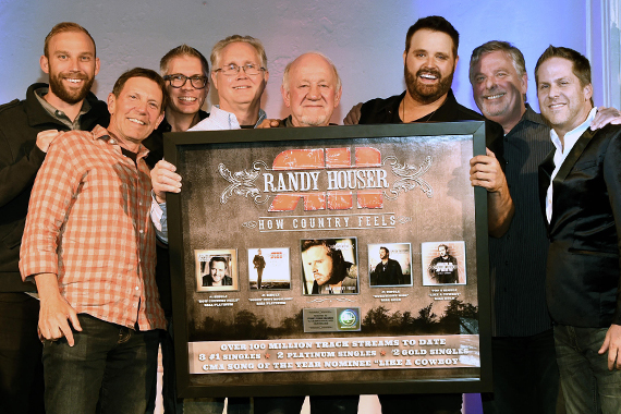 Pictured (L-R): Nick Hartley, Fitzgerald-Hartley; Greg Oswald, WME; Stoney Creek's Chris Loss, Rick Shedd, Benny Brown; Randy Houser; Stoney Creek's Carson James and Jon Loba. Photo: Rick Diamond/Getty Images courtesy of BBR