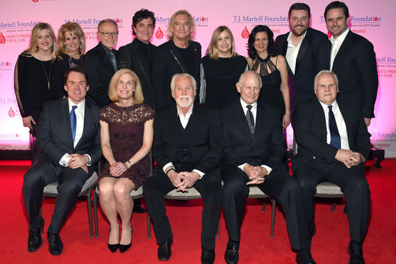 Pictured (L to R): Brian Philips, Jennifer Pietenpol, Ph.D., Kenny Rogers, Aubrey Harwell, FedEx CEO Frederick W. Smith; Back row (L to R): Jackie Wilson, Laura Heatherly, Dave Berryman, Scott Borchetta, Joe Walsh, Nashville Mayor Megan Barry, Leslie Fram, Chris Young, Charles Esten