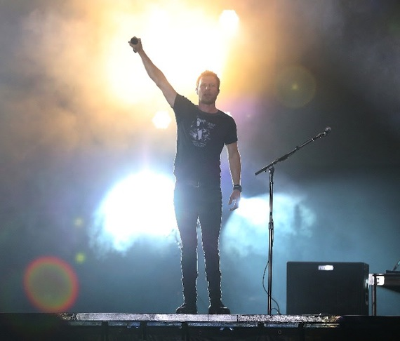 Dierks Bentley at Tortuga Music Festival 2016. Photo: Marc Serota/Tortuga Music Festival