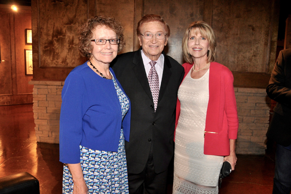 Harold Bradley (center) with daughters Beverly Bradley and Bari Bradley Brooks