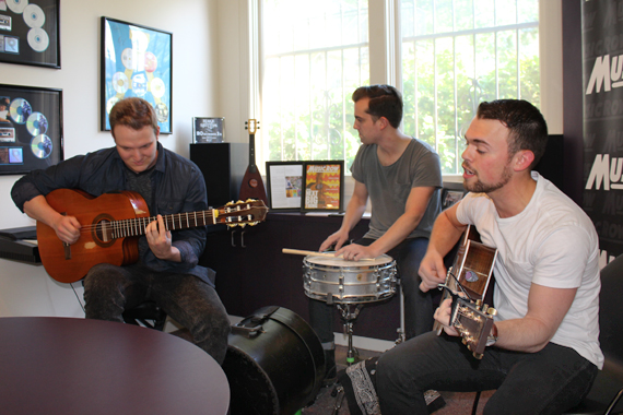 Sammy Arriaga performs for MusicRow staff.