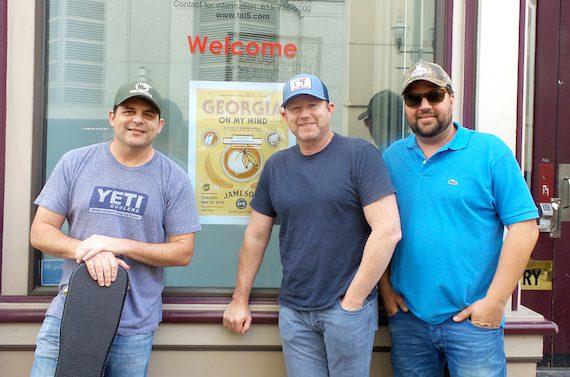 Pictured (L-R) The Peach Pickers members Rhett Akins, Ben Hayslip and Dallas Davidson