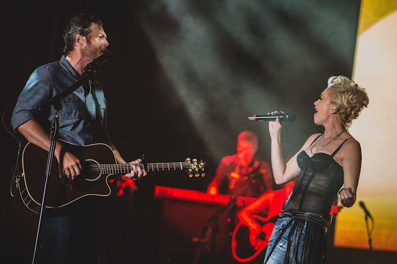 """Gwen Stefani helps Blake Shelton celebrate his 40th Birthday at 25th Anniversary Country Jam joining him onstage to perform their song """"Go Ahead And Break My Heart."""" Photo: Joshua Timmermans / Country Jam"""
