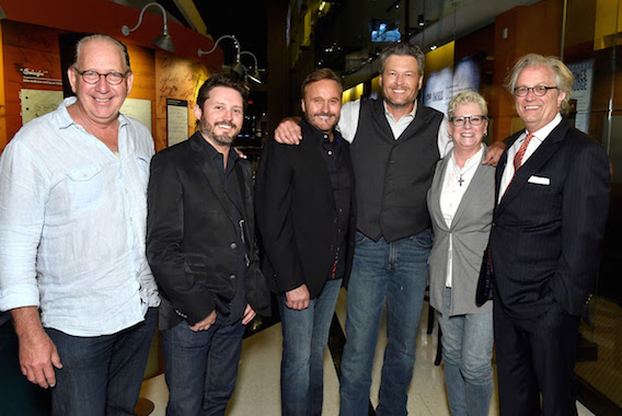 Pictured (L-R): Warner Music Nashville president John Esposito, Brandon Blackstock of Starstruck Management Group, Narvel Blackstock of Starstuck Management Group, singer-songwriter Blake Shelton, Senior Vice President of Museum Services of The Country Music Hall of Fame and Museum Carolyn Tate, and CEO of the Country Music Hall of Fame and Museum Kyle Young (Photo by John Shearer/Getty Images for Country Music Hall Of Fame & Museum)
