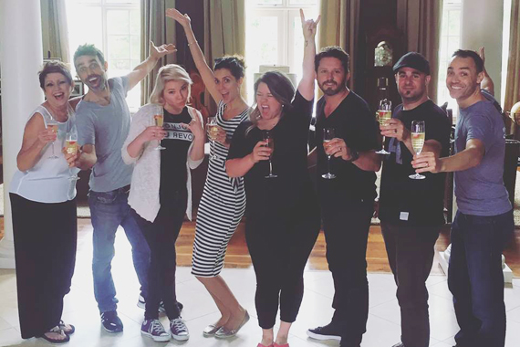 """Here we go, Atlantic Records! Cheers!."" Photo: Kelly Clarkson Facebook"