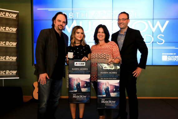 Pictured (L-R): Sherod Robertson, MusicRow; Maren Morris; Carla Wallace, Big Yellow Dog Music; Craig Shelburne, MusicRow. Photo: Moments By Moser