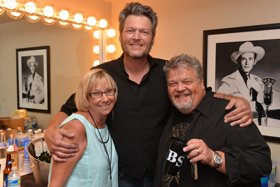Pictured (L-R): Jaynee Day, Blake Shelton, Craig Wiseman.