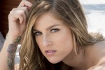 Cassadee Pope Begins L.A. Radio Show, Prepares For 'A Capitol Fourth'