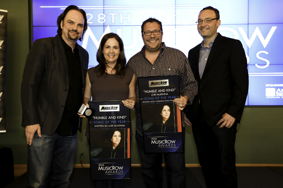 Pictured (L-R): Sherod Robertson, Lori McKenna, Kent Earls, Craig Shelburne. Photo: Moments by Moser