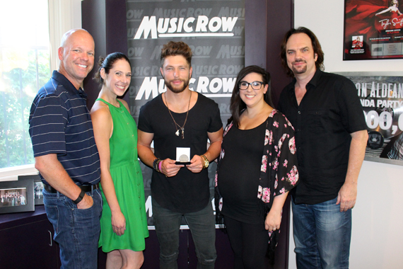 Pictured (L-R): Big Loud Records' Clay Hunnicutt, Sweet Talk Publicity's Jensen Sussman, Chris Lane, Big Loud Records' Stacy Blythe, and MusicRow Magazine's Sherod Robertson