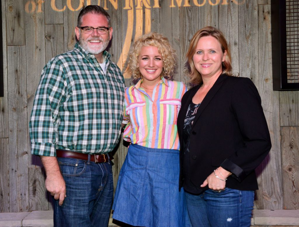 Pictured (L-R): Erick Long, ACM; Cam; Lisa Lee, ACM Photo: Michel Bourquard/Courtesy of the Academy of Country Music