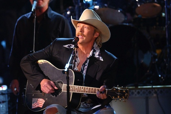 Alan Jackson at the 2001 CMA Awards. Photo: John Russell/CMA