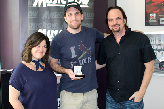 Pictured (L-R): Carla Wallace, Abe Stoklasa and MusicRow Owner/Publisher Sherod Robertson. Photo: Molly Hannula