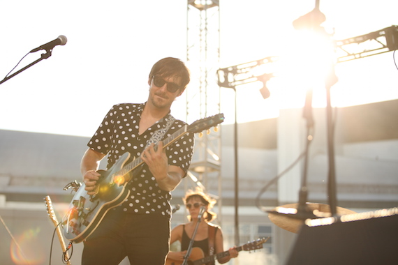 Charlie Worsham performs. Photo: Hunter Berry/CMA