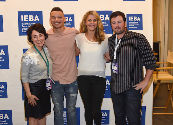 Pictured (L-R): Pam Matthews of IEBA, Kane Brown, Martha Earls and Braeden Rountree. Photo: Rick Diamond/Getty Images for IEBA