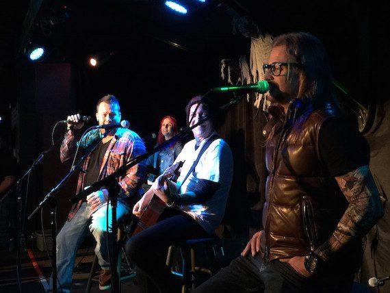 Uncle Kracker and Kid Rock perform at Coyote Joe's