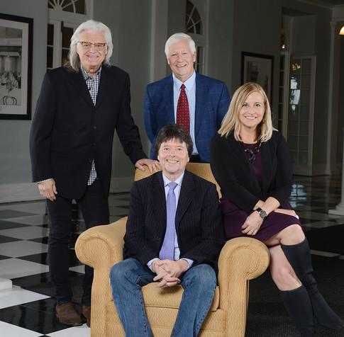 Pictured (seated): Ken Burns. Standing: Ricky Skaggs; Dr. Bob Fisher, Chairman of the Board of Trustees of Belmont University; Mayor Megan Barry.