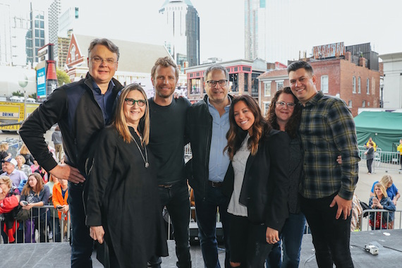 Willard Ahdritz (Kobalt founder/CEO), Merril Wasserman (EVP, Business Development), Dierks Bentley, Richard Sanders (President, Kobalt North America), Laura Alexander (Senior Creative Director), Stephanie Cox (VP, Creative), Jesse Willoughby (GM, Kobalt Nashville).